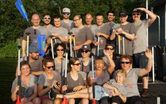 Drachenboot Regatta Duisburg Team Spiekermann nach der Regatta